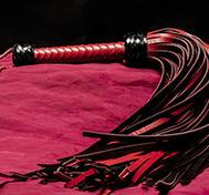 Läderpiska 108-svansad Röd/Svart Genuin
