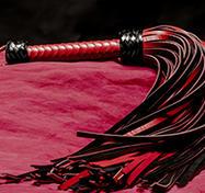 Läderpiska 72-svansad röd/svart genuin